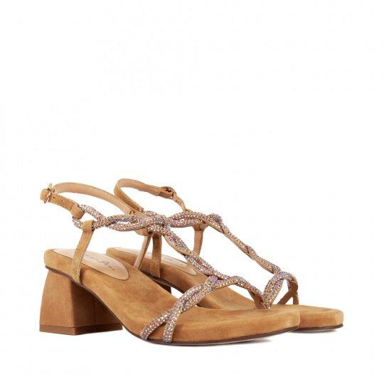 Точное попадание: как правильно подобрать обувь к платью-Фото 18
