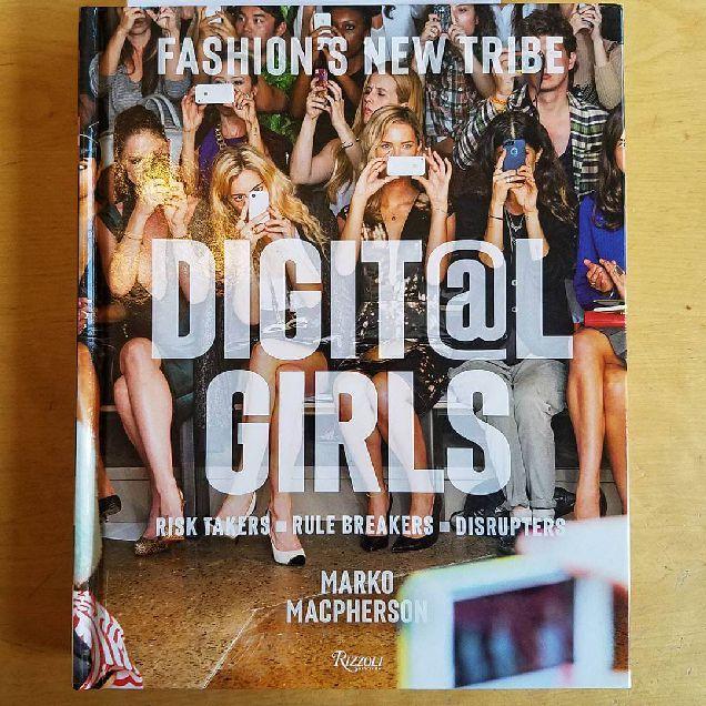 Rizzoli выпустят книгу о fashion-блогерах-320x180