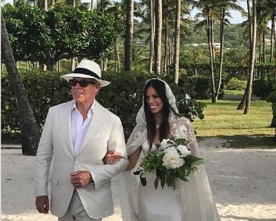 Дочь Томми Хилфигера вышла замуж в платье, созданным отцом-430x480