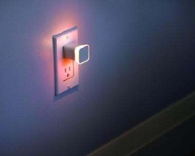 На ночь глядя: на Kickstarter появился «умный» ночник с подключением к Wi-Fi-430x480