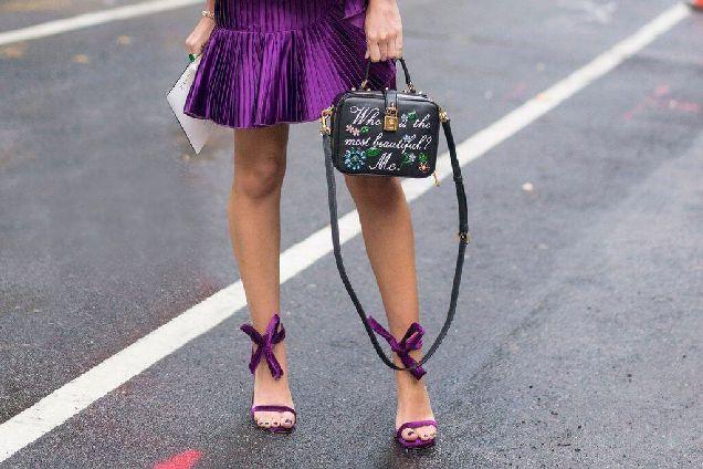 Точное попадание: как правильно подобрать обувь к платью-320x180