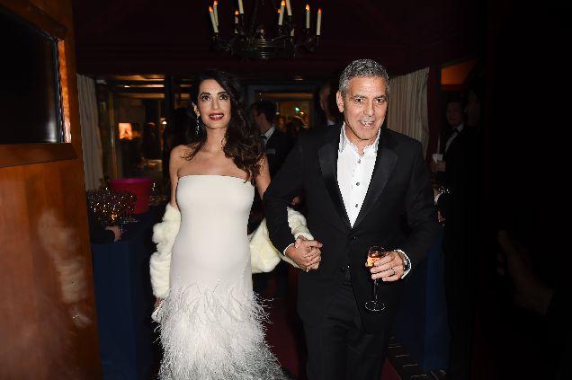 Амаль и Джордж Клуни впервые стали родителями-320x180