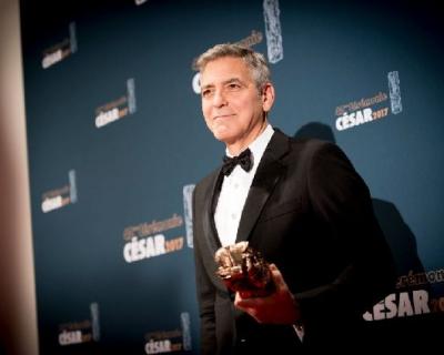 Джордж Клуни продал свой бренд текилы за 1 миллиард долларов-430x480