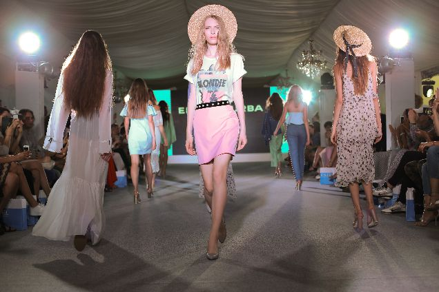 ODESSA HOLIDAY FASHION WEEK: новая коллекция бренда Elena Burba-320x180