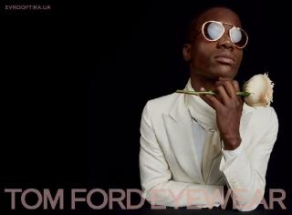Tom Ford и его коллекция солнцезащитных очков