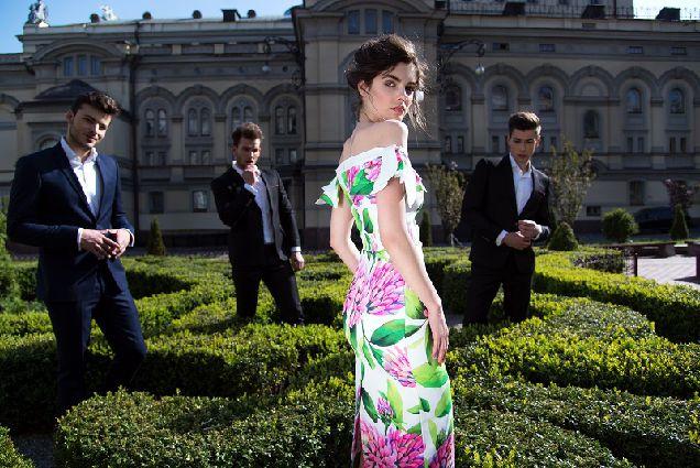Коллекция летних платьев от украинского бренда Herstory-320x180