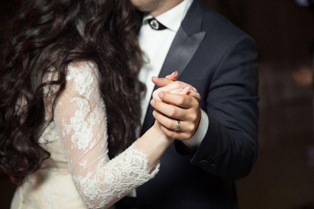 10 лучших песен для первого танца на свадьбе-320x180