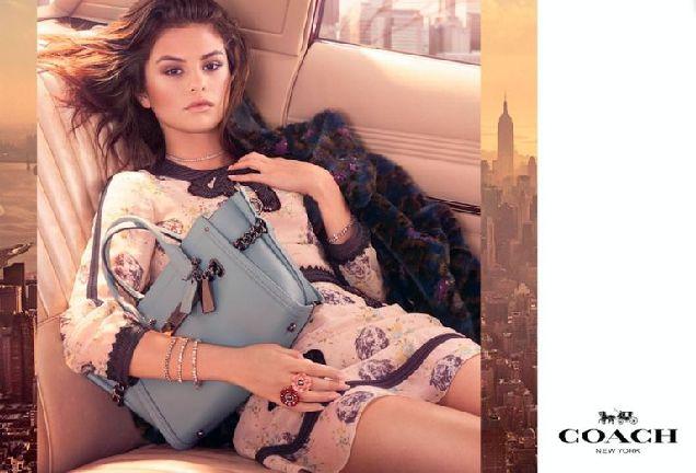 Селена Гомес снялась в рекламной кампании Coach-320x180