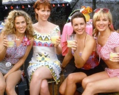Какие алкогольные напитки пить летом?-430x480