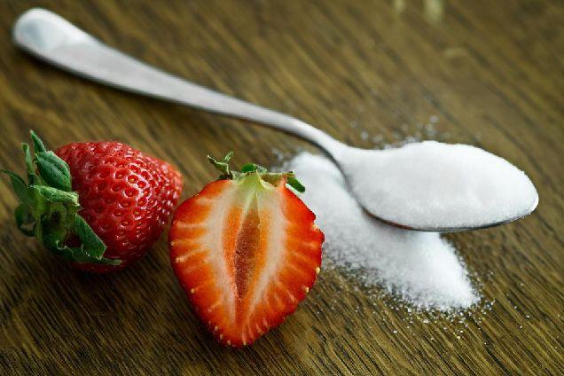 Искусственные заменители сахара не помогают сбросить лишний вес-320x180