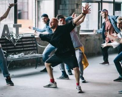 Constantine представил новый клип на песню «По льду»-430x480