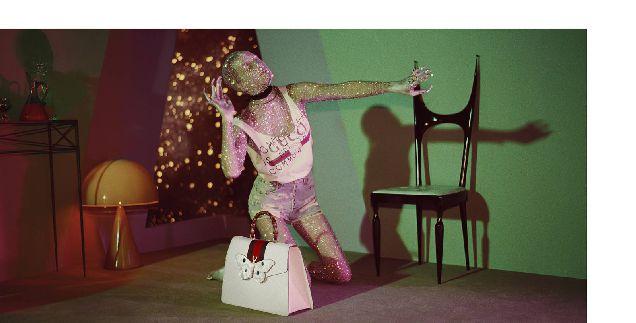 Новый кампейн Gucci с динозаврами и пришельцами-320x180