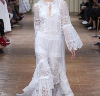 Зачем вам кружевное платье невесты-430x480