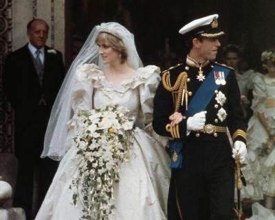 7 самых легендарных свадебных платьев в истории-430x480