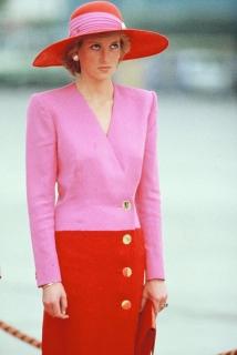 Бренд Off/White представит коллекцию одежды в память о принцессе Диане