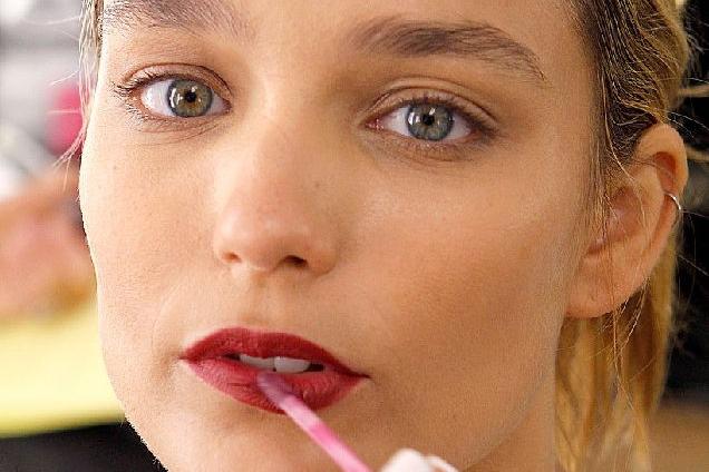 Как увеличить губы без инъекций