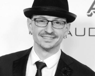 Вокалист группы Linkin Park покончил с собой-430x480