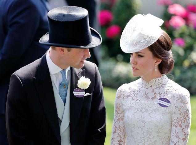Принц Уильям и Кейт Миддлтон с детьми едут в Польшу-320x180