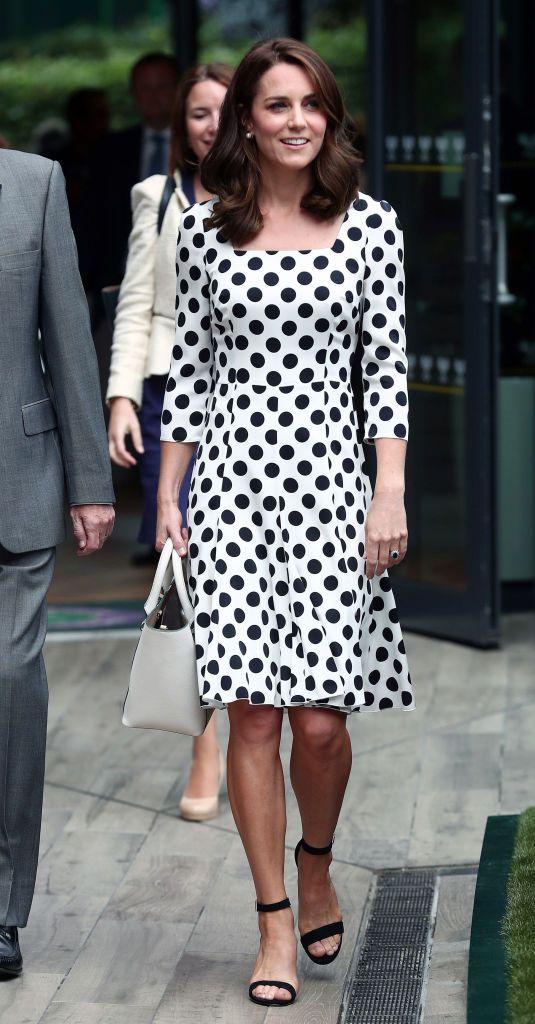 Кейт Миддлтон надела платье от Dolce & Gabbana-320x180