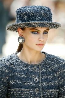 Что нужно знать о показе Chanel