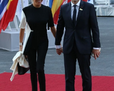 Битва образов: Мелания Трамп и Бриджит Макрон на саммите G20-430x480