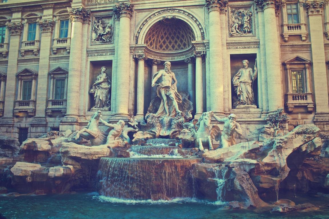В Риме запретили распитие алкогольных напитков ночью-320x180
