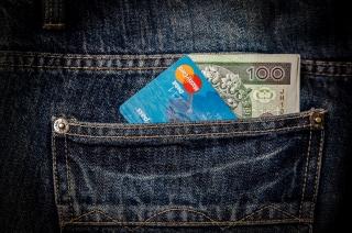 Сколько денег брать в Европу: финансовые требования ЕС к украинцам
