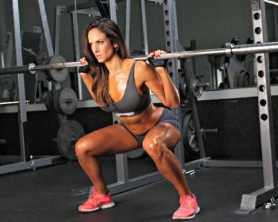 Бесполезная тренировка: 5 упражнений, которые не помогут уменьшить вес-430x480