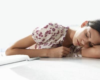 Ученые говорят: хроническую усталость признали заболеванием-430x480