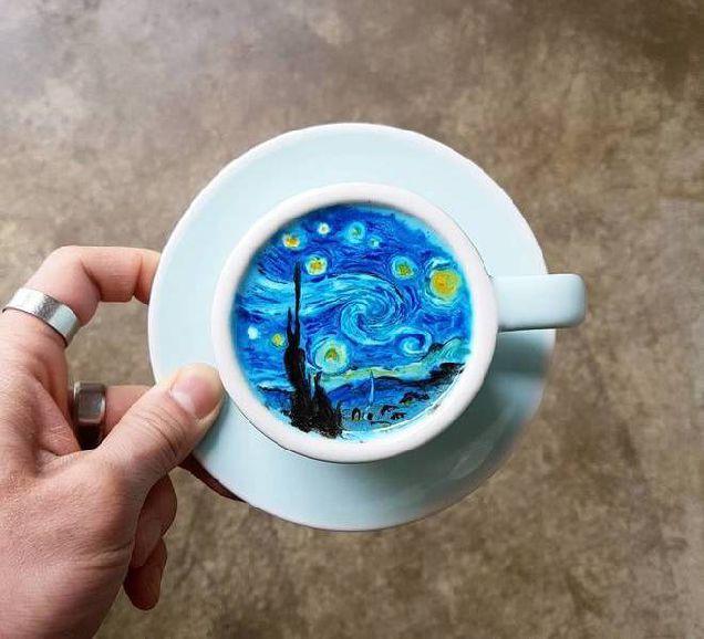 Ван Гог и цветущая сакура: бариста из Южной Кореи создает впечатляющие рисунки на кофе-320x180