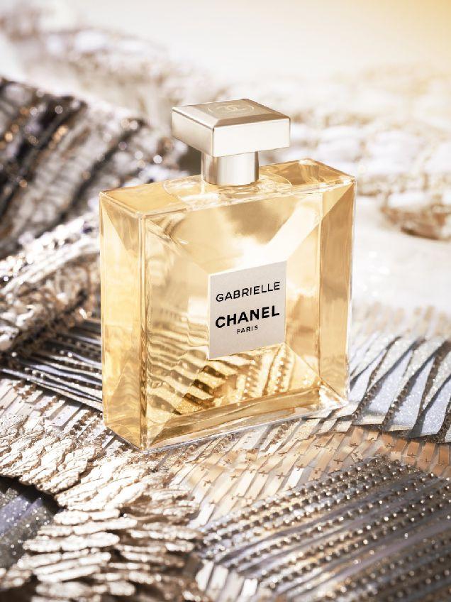Видео: как создается флакон аромата Gabrielle Chanel-320x180