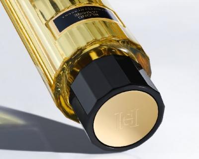 Carolina Herrera выпустила сразу шесть новых ароматов-430x480