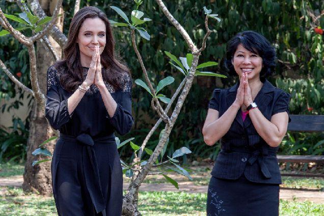 Видео дня: трейлер фильма Анджелины Джоли про геноцид в Камбодже-320x180