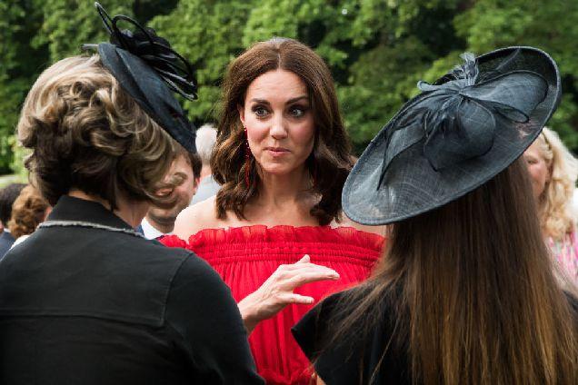 Заместитель декана Оксфорда стала личным секретарем Кейт Миддлтон-320x180