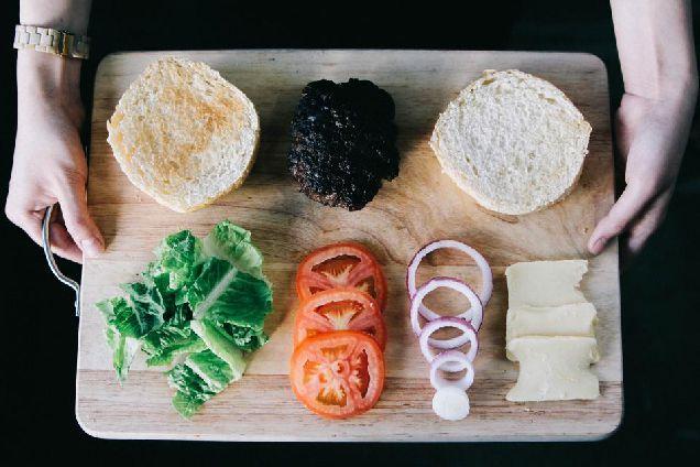 Овощная тарелка как альтернативная закуска-320x180
