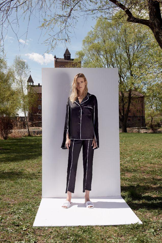 Украинский бренд представил новую коллекцию пижам и халатов-320x180