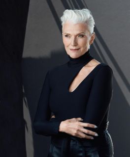 69-летняя модель стала амбассадором CoverGirl