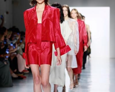 Светлана Бевза представила коллекцию на Неделе моды в Нью-Йорке-430x480