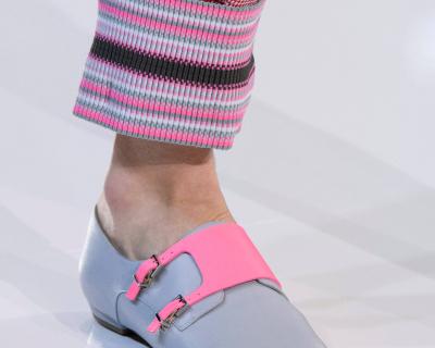 12 пар обуви с Недели Моды, которые можно носить каждый день-430x480
