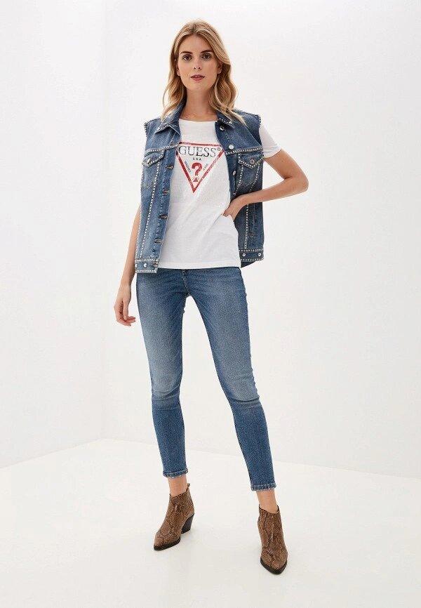 C чем осенью носить джинсовую куртку-Фото 3