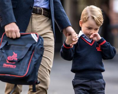 Принц Георг пошел в школу: сколько стоит его обучение?-430x480