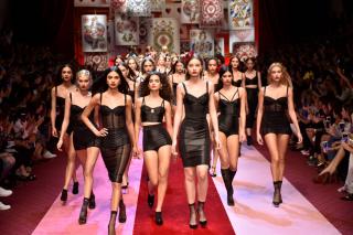 Dolce & Gabbana представили коллекцию в Милане