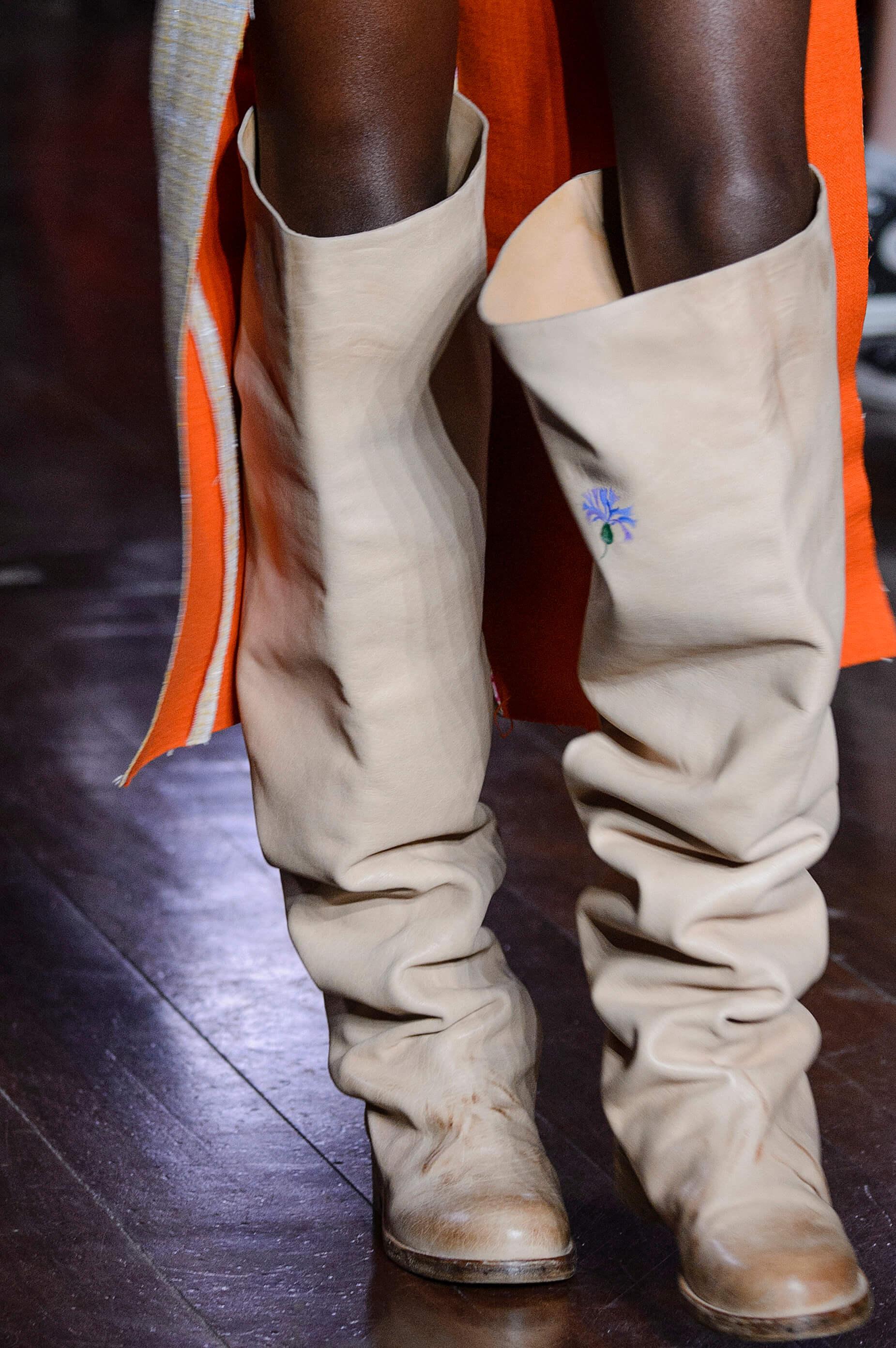 12 пар обуви с Недели Моды, которые можно носить каждый день-Фото 10