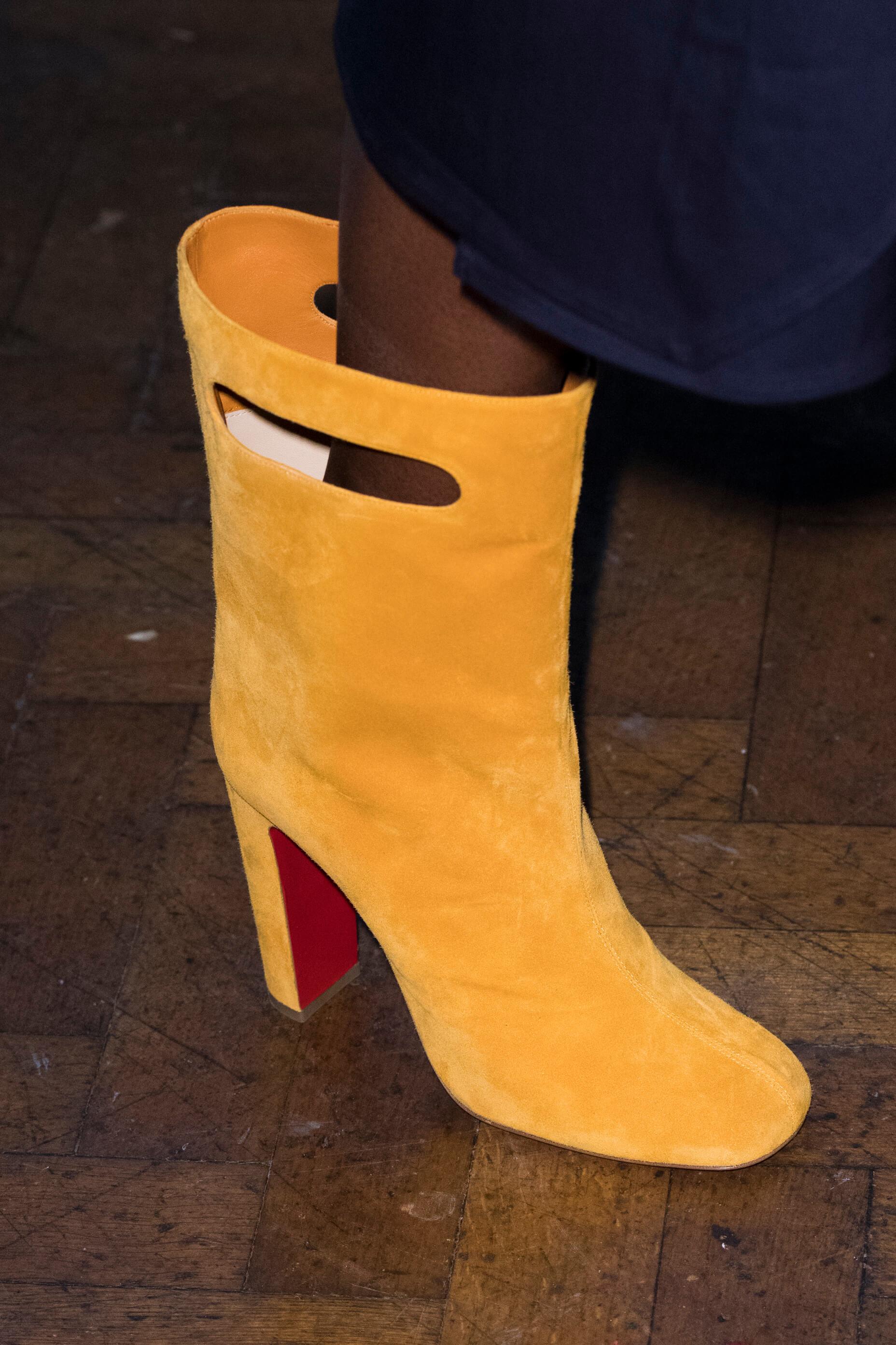 12 пар обуви с Недели Моды, которые можно носить каждый день-Фото 7
