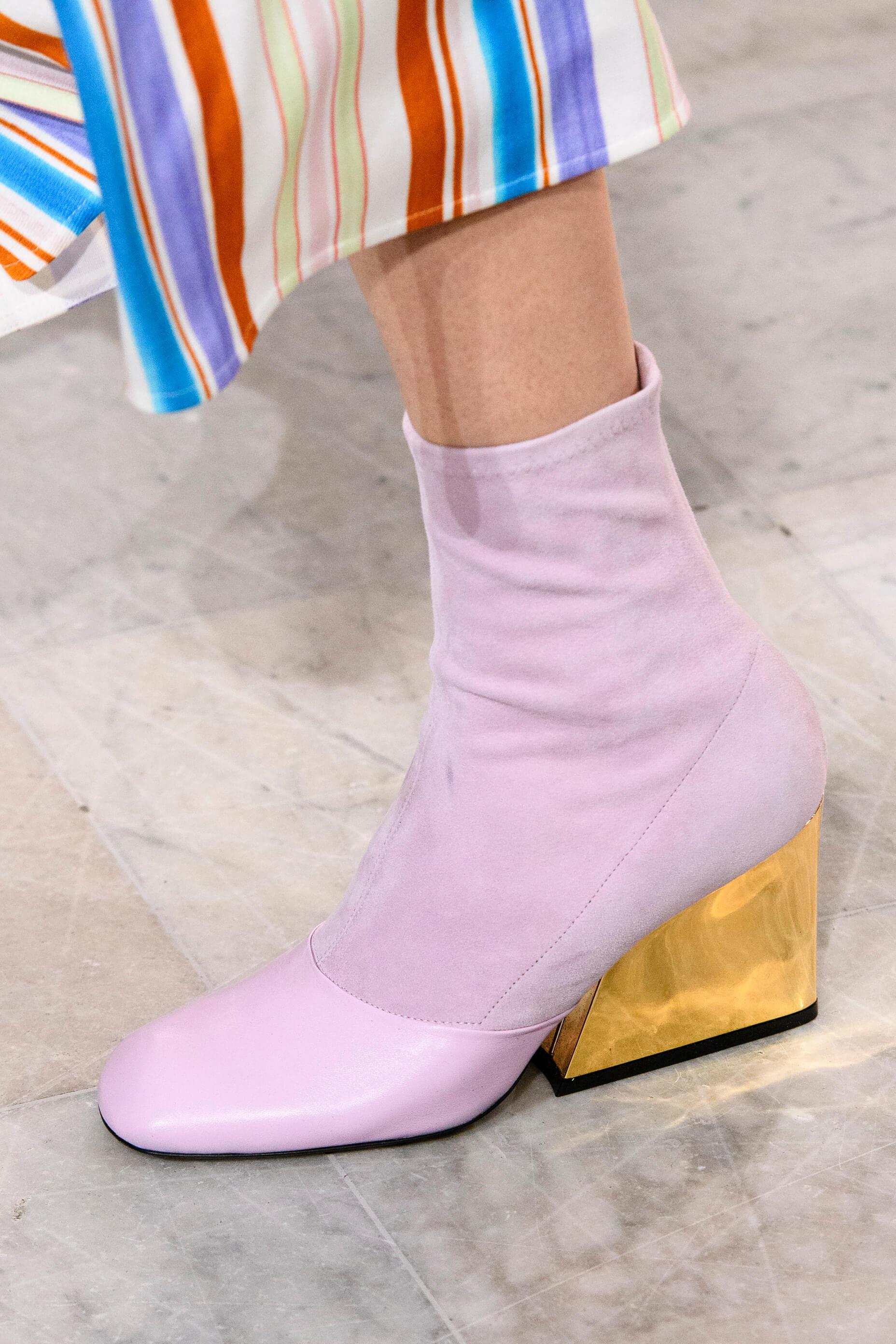 12 пар обуви с Недели Моды, которые можно носить каждый день-Фото 5