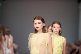 Надя Дзяк представила коллекцию весна-лето 2018