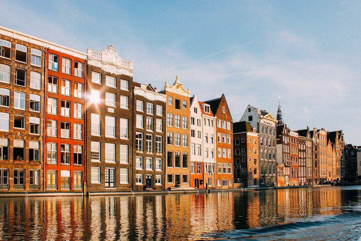 5 городов Европы, в которых стоит побывать хоть раз-320x180