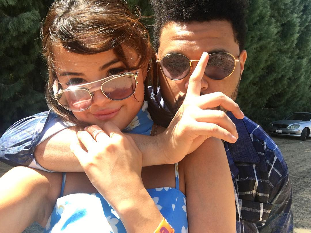 Селена Гомес и The Weeknd расстались-320x180