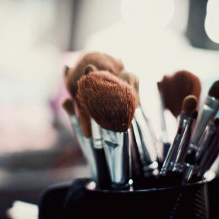 5 кистей для макияжа, которые нужны каждой из нас