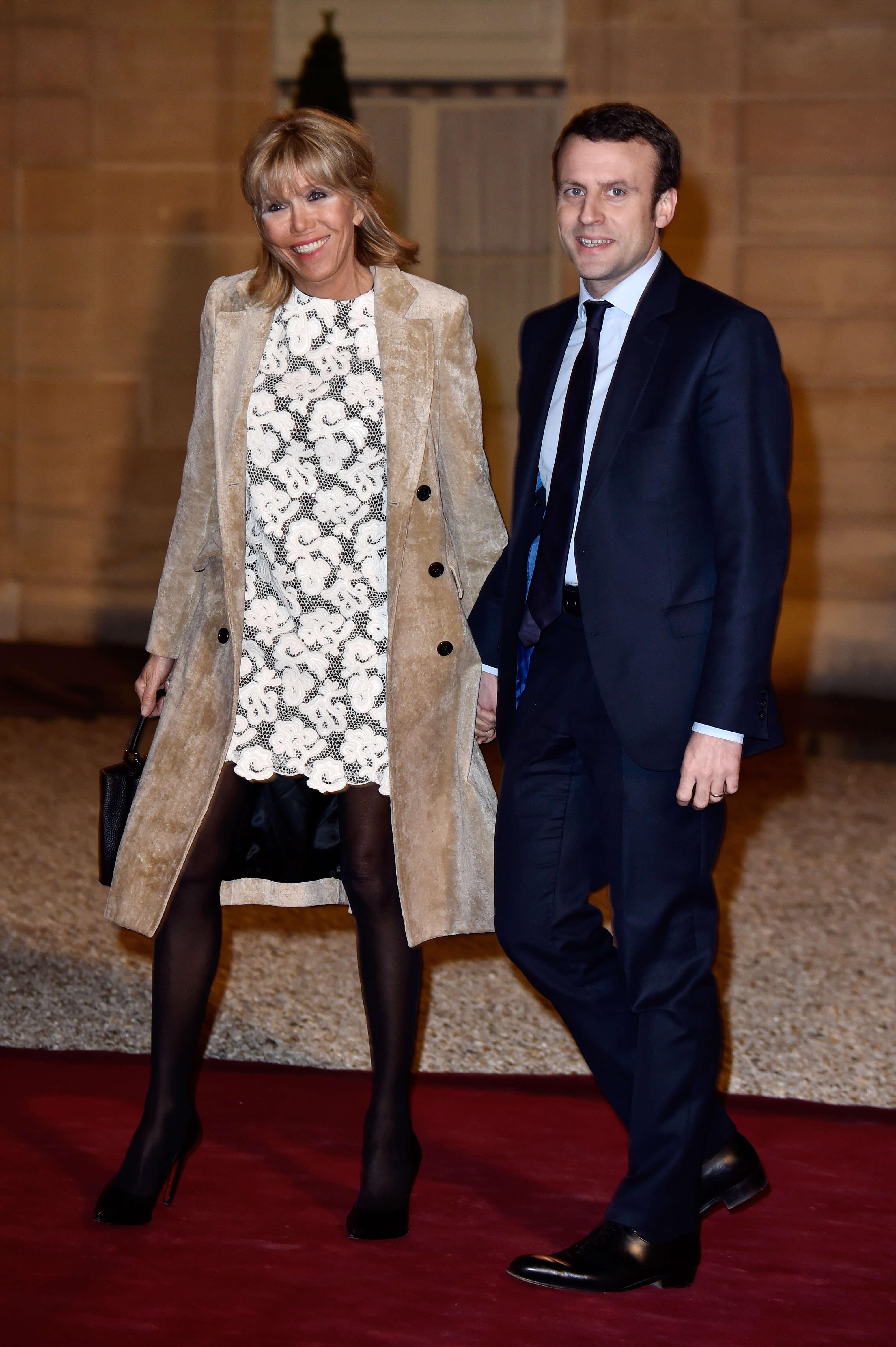 Стало известно, кто стилист первой леди Франции Бриджит Макрон-Фото 2